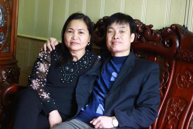Bố mẹ Tuấn Anh luôn ở bên cạnh tiền vệ tài hoa