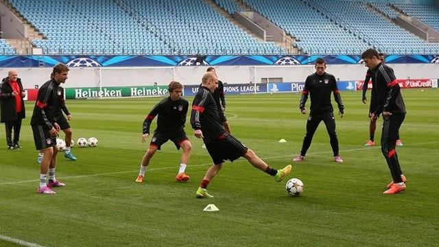 Dưới thời HLV Pep Guardiola, những bài tập ban bật phối hợp ngắn dường như là điều kiện bắt buộc với mỗi cầu thủ Bayern Munich.