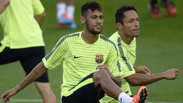 Bên cạnh anh còn có đối tác tin cẩn - Neymar.