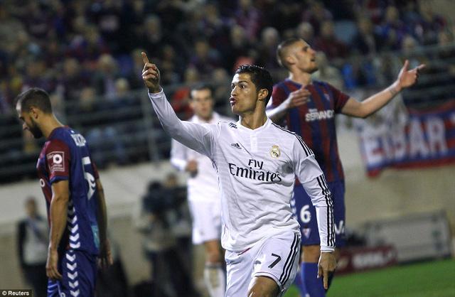 Ronaldo mang về chiến thắng tối thiểu cho Real Madrid