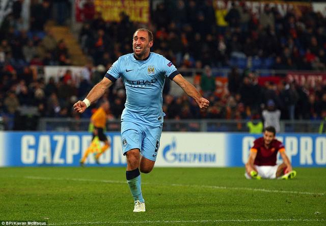 Pablo Zabaleta ấn định chiến thắng 2-0 cho Man City