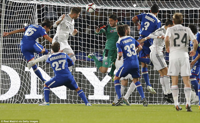 Sergio Ramos mở tỷ số cho Real Madrid ở phút thứ 15