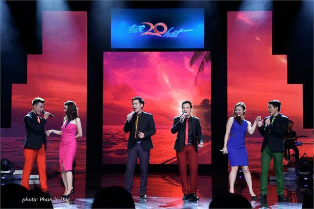 ĐH Lao động Xã hội - một trong ba đội có mặt trong trận chung kết Tuổi 20 hát