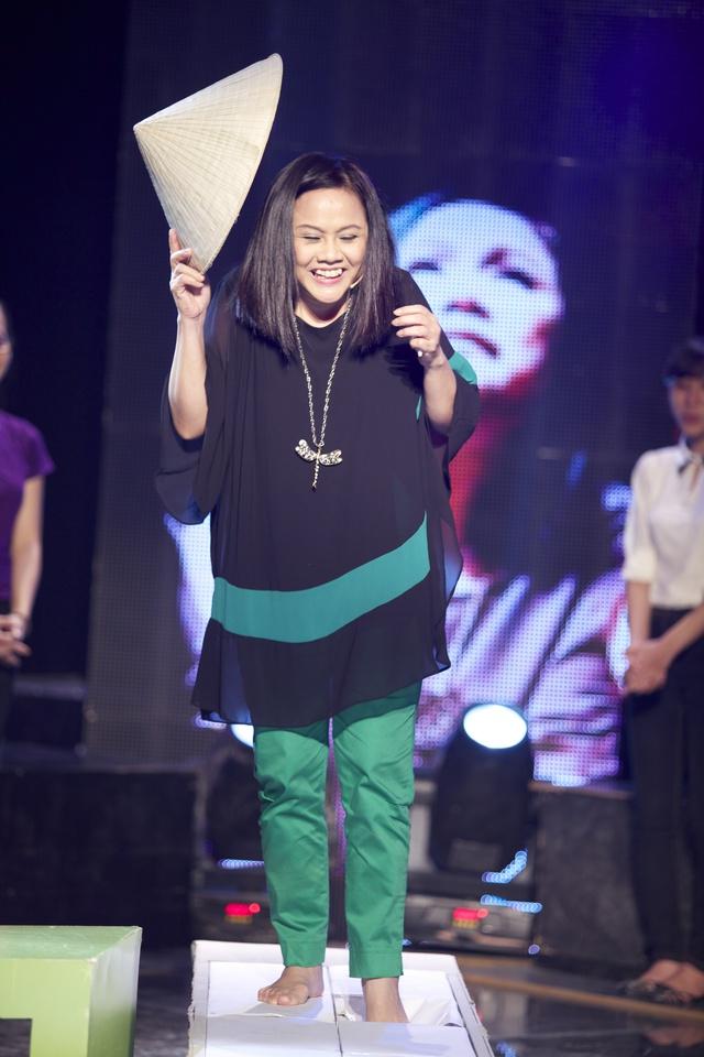 MC Công Tố ngỡ ngàng khi được đạo diễn nữ U50 cưa cẩm - Ảnh 11.