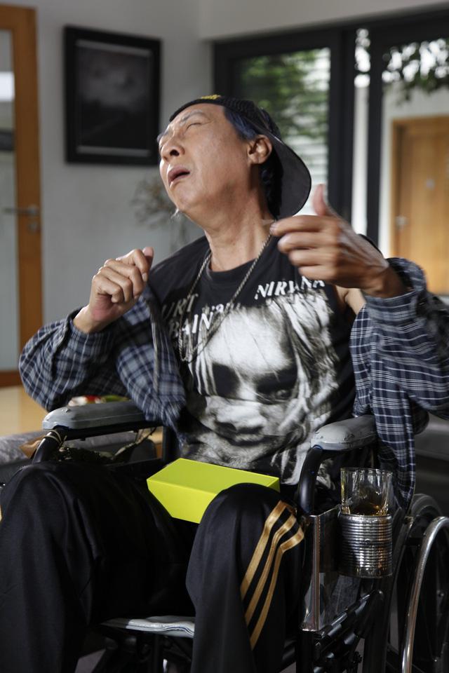 Ông Tín Lê Bình là người đam mê nhạc rock