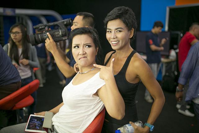 Ngân Quỳnh và Thúy Uyên tái xuất trong Gương mặt thân quen nhí 2014
