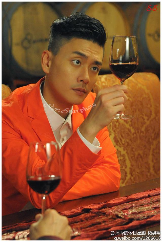 Huỳnh Tông Trạch nổi tiếng là người sành rượu vang