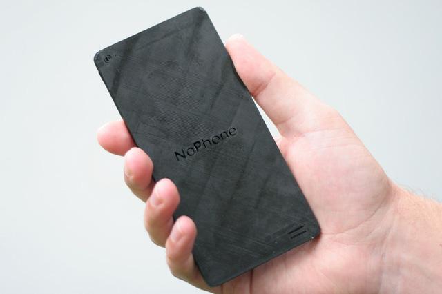 Mặt sau của chiếc NoPhone
