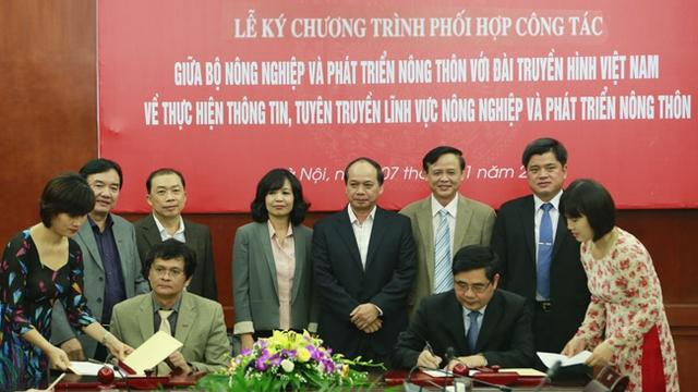Lễ ký kết có sự tham dự của lãnh đạo hai cơ quan vàcác các bộ cục, vụ, ban ngành trực thuộc.