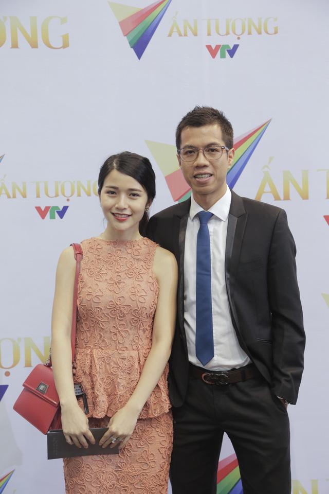 BTV Thể thao Bùi Tuấn Đức và vợ - diễn viên Mai Chi Lala nổi tiếng với vai diễn trong Bộ tứ 10A8.