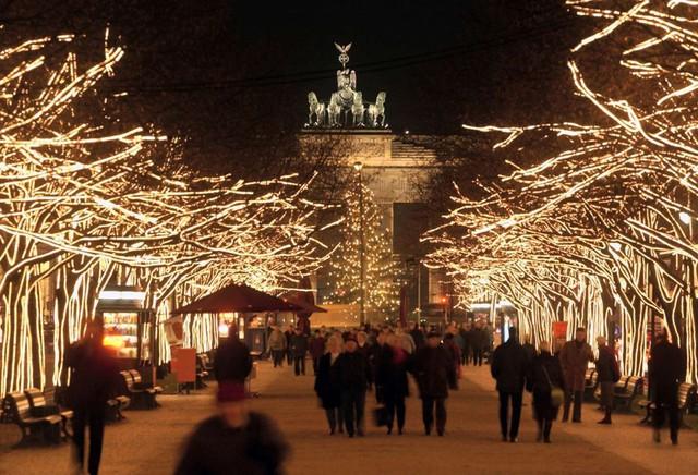 Cổng Brandenburg, Berlin (2003). (Nguồn: Bloomberg)