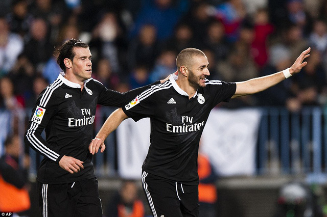 Được Ronaldo tiếp đạn, cả Bale và Benzema cùng nổ súng trong trận gặp Malaga.