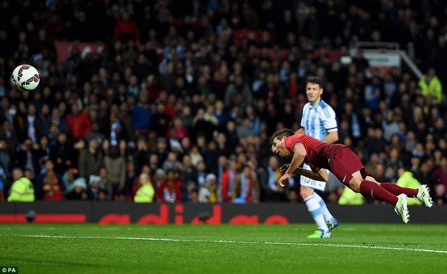 Raphael Guerreiro ghi bàn thắng duy nhất cho Bồ Đào Nha