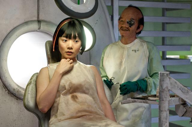 Bae Doona từng xuất hiện trong các bộ phimThe Matrix,Cloud Atlas vàJupiter Ascending.