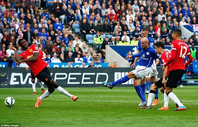 Cambiasso là thủ lĩnh tinh thần giúp Leicester thắng lịch sử Man Utd.
