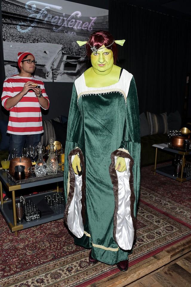Nam diễn viên Colton Hayes khiến nhiều người hoảng hồn khi hóa trang thành công chúa Fiona trong bộ phim Shrek