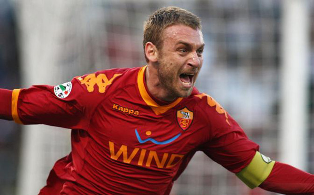 AS Roma mất tiền vệ De Rossi do chấn thương