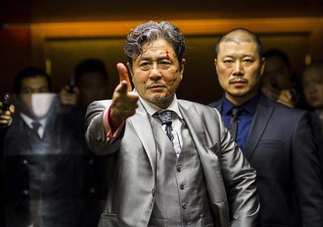 Nam diễn viênChoi Min Sik đảm nhận vai diễn trong bộ phimLucy cùng các diễn viênScarlett Johanssen vàMorgan Freeman.