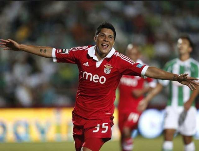 Enzo Perez đang chơi rất thành công trong màu áo CLB Benfica