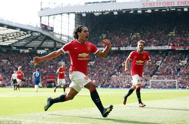 Falcao ấn định thắng lợi 2-1 cho Man Utd