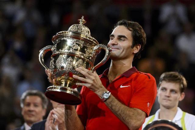 Chức vô địch tại Basel đã giúp Federer bám sát Djokovic