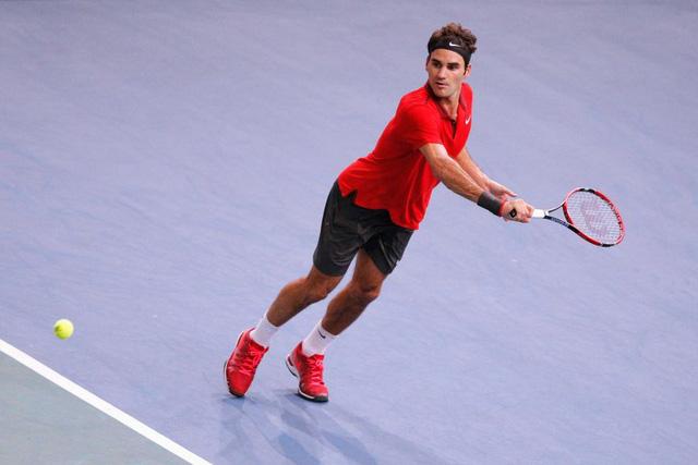 """Federer """"hút chết"""" trước Jeremy Chardy"""