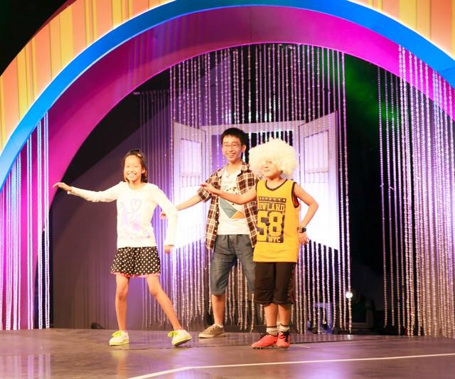Những trò hài hước trên sân khấu chương trình