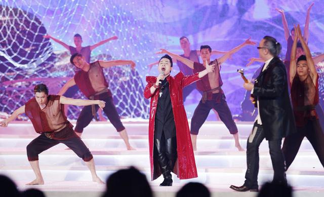 Nam ca sĩ Tùng Dương