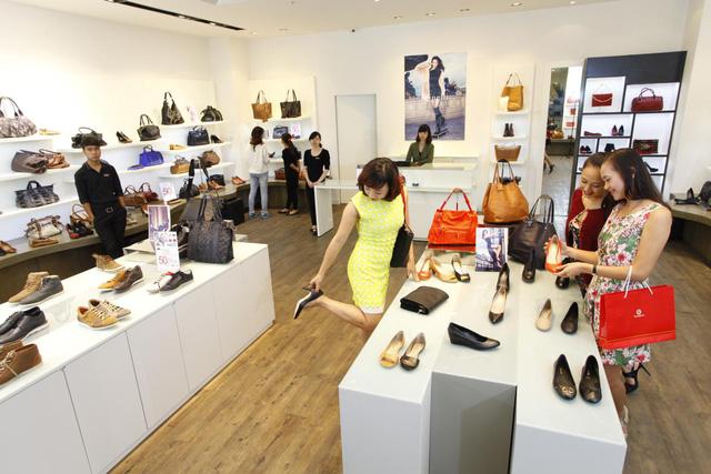 Trung tâm thương mại với hàng ngàn các tên tuổi lớn hứa hẹn đáp ứng mọi nhu cầu mua sắm của khách hàng