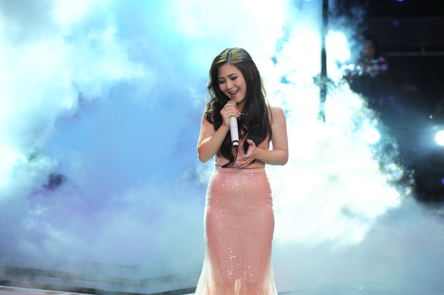 Quán quân Giọng hát Việt - Hương Tràm cũng góp mặt trong Liveshow mini của Nguyễn Đức Cường