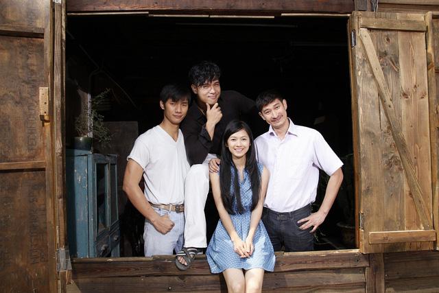 Các diễn viên trong phim Nhan Phúc Vinh, Trương Thế Vinh, Huy Khánh, Oanh Kiều.