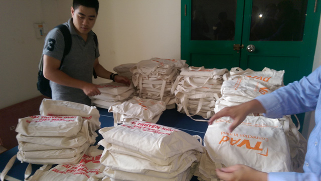 Rất nhiều suất quà đã được VTV gửi tới trẻ em tại Cần Thơ