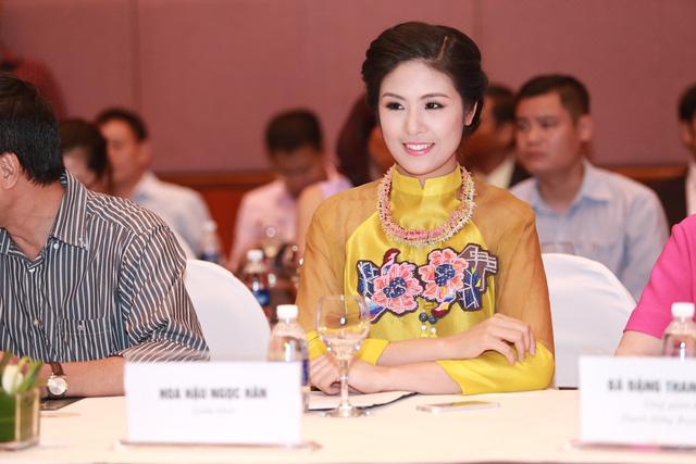 và Hoa hậu Việt Nam 2010 - Ngọc Hân