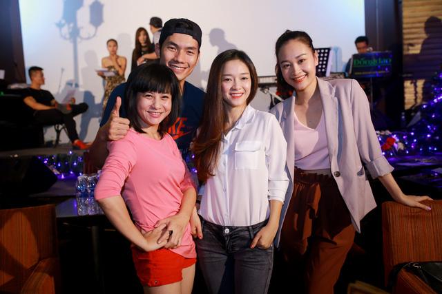 Cát Phượng và Hà Thúy Anh sẽ hỗ trợ cặp đôi Nhan Phúc Vinh - Đình Hương