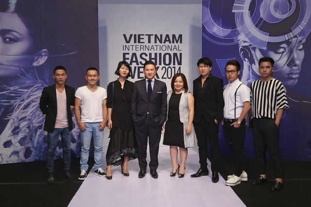 Những gương mặt NTK tài năng trong nước và quốc tế tham dự buổi họp báo
