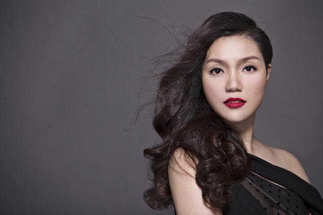 Nữ ca sĩ Ngọc Anh