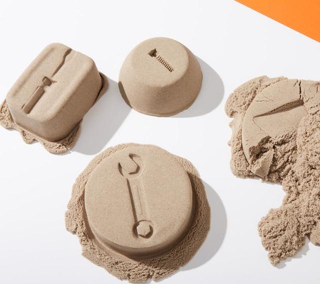 Kinetic Sand có thể tạo hình dễ dàng mà không làm bẩn tay