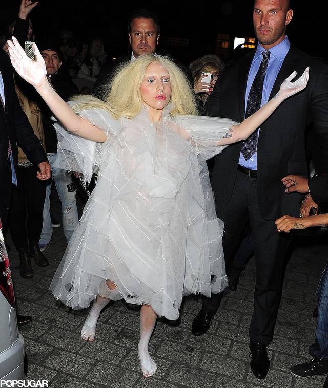 Lady Gaga khiến nhiều người rùng mình khi diện hóa thân thành một con ma