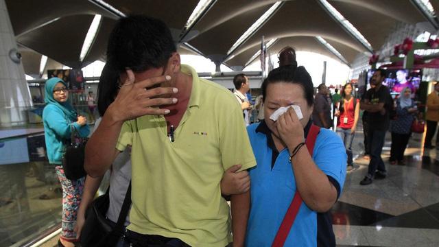 Thân nhân các hành khách trên chuyến bay MH370 đau lòng khi những người thân yêu của họ đã không thể trở về nhà