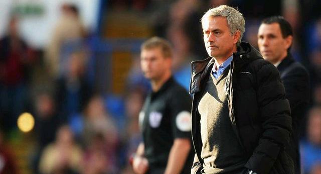 Chelsea của HLV Mourinho liên tiếp thiết lập các kỉ lục trong năm 2014.
