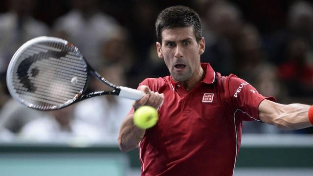 Federer gọi và Djokovic đã trả lời