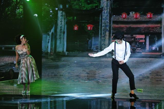 Điệu nhảy lạ của Bùi Anh Tuấn