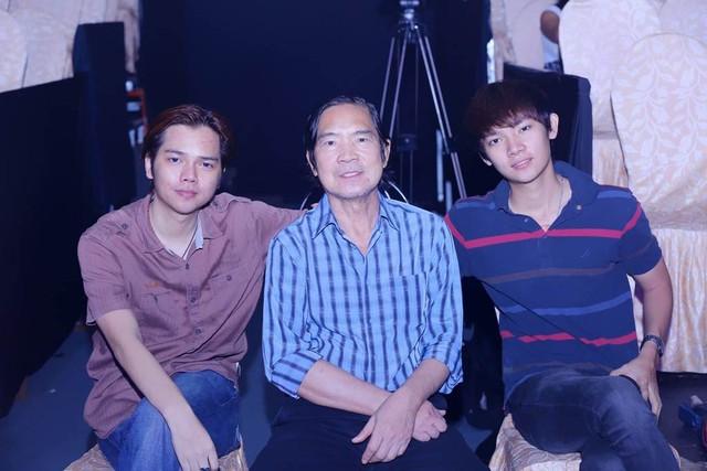 Nhạc sĩ Quốc Dũng và 2 con trai Khải Ca và Bảo Châu