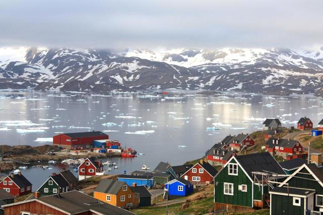 Qaqortoq được mệnh danh là thị trấn lego.