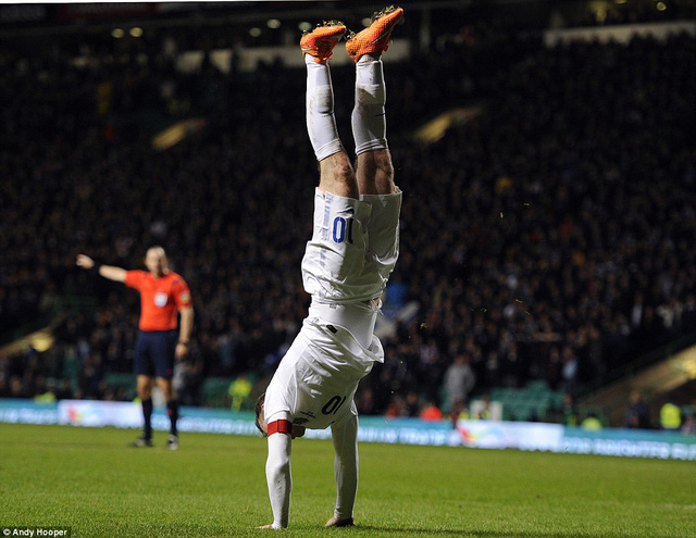 Wayne Rooney lập một cú đúp trong chiến thắng 3-1 của đội tuyển Anh