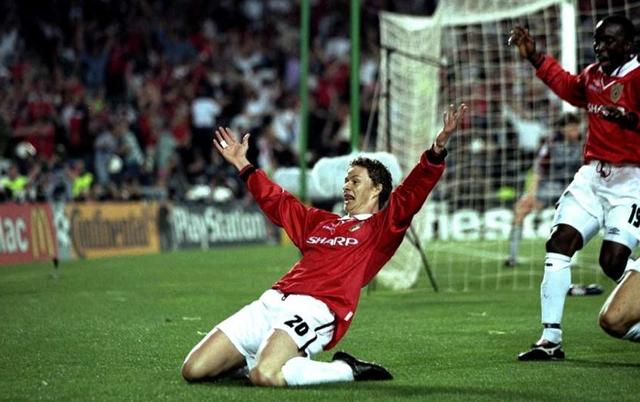 Sát thủ có gương mặt trẻ thơ - Solskjaer ấn định cuộc lội ngược dòng lịch sử của Man Utd ở phút bù giờ thứ 3.