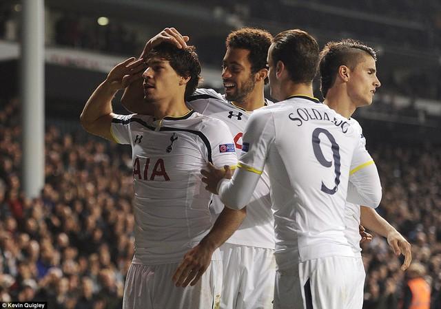 Tottenham Hotspur đã giành vé đi tiếp