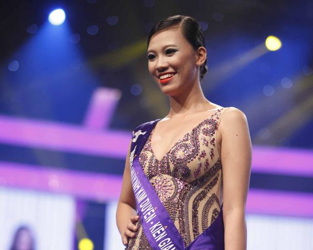 Nguyễn Huỳnh Kim Duyên (1995, Kiên Giang). Người đẹp hiện đang theo học tại trường Cao đẳng Y tế Cần Thơ. Kim Duyên sở hữu chiều cao 1m73 cùng số đo 3 vòng là 89 - 64 - 90.