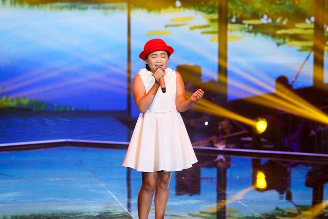 Cô bé Thiện Nhân ngọt ngào trong Liveshow 3 Giọng hát Việt nhí