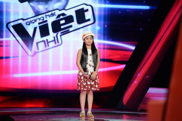 Hình ảnh Thiện Nhân tại vòng Giấu mặt chương trình Giọng hát Việt nhí 2014